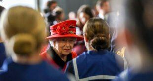 إليك 11 أمرا عاديا لم تقم به الملكة إليزابيث مطلقا في حياتها