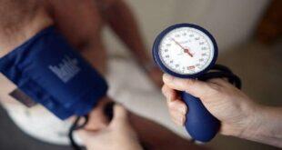 أربع علامات نادرة لارتفاع ضغط الدم شديد الخطورة
