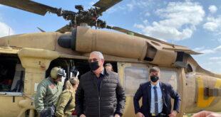 فرار وزير الدفاع الاسرائيلي بعد استهداف المنطقة التي يزورها بالصواريخ