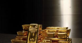 الذهب يبلغ قمة أكثر من 3 أشهر
