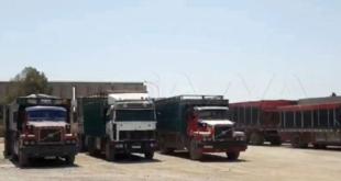 القوات الامريكية تنهب دفعة جديدة من القمح السوري وتخرجها الى العراق