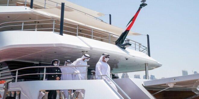 الإمارات.. تدشين أكبر يخت في العالم مصنوع من الألياف الزجاجية (صور)