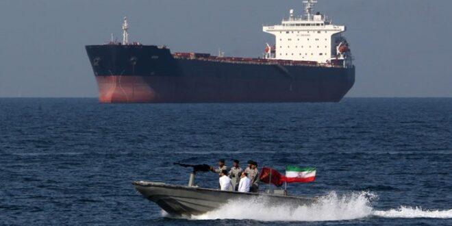 أمريكا تستورد النفط الإيراني رغم العقوبات