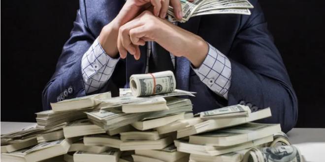 8 أشياء لا ينفق الأثرياء أموالهم عليها