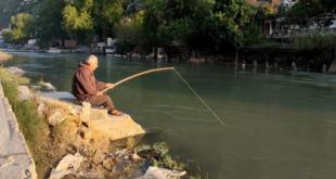 صياد سمك في دركوش ضحية رصاص الجندرما التركية