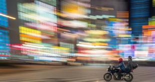فيزيائي ألماني يكتشف طريقة تمكّن من السفر أسرع من الضوء