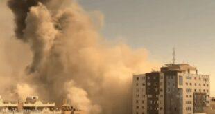 شاهد لحظة تدمير برج الجلاء.. مقر وسائل إعلام دولية كبيرة في غزة