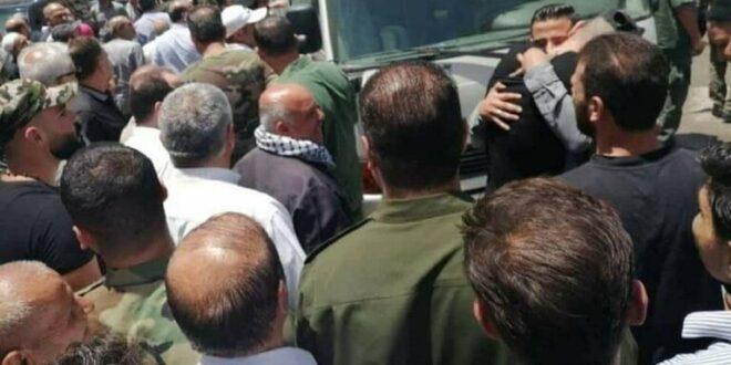 الإفراج عن 30 معتقلاً من مدينة عربين بريف دمشق بمكرمة من الرئيس الأسد