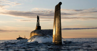 غواصات روسية تضرب الأهداف قبل الغمر تمنح قدرة هائلة لميناء طرطوس
