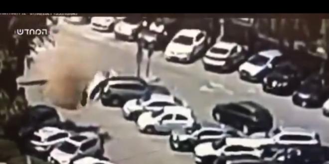 الإسفلت يبتلع السيارات