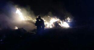 إخماد حريق كبير بمحاصيل قمح و شعير فجر اليوم بريف حمص
