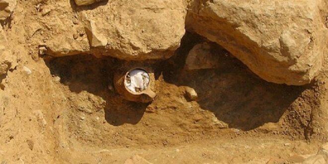 اكتشاف جرة قديمة فيها لعنة بالقرب من الأكروبوليس في أثينا