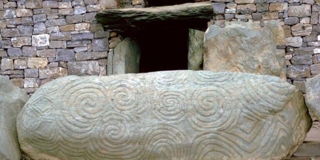 """""""مقبرة ضخمة"""" غامضة أقدم من الأهرامات تحيّر علماء الآثار"""