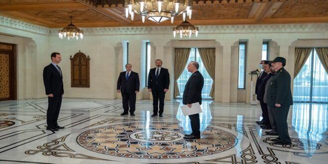 الأسد يتقبل أوراق اعتماد سفيري إيران وفلسطين لدى سوريا