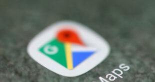 """تقرير لـ""""فوربس"""" يحثّ مالكي آيفون على حذف """"خرائط غوغل"""" فورا"""