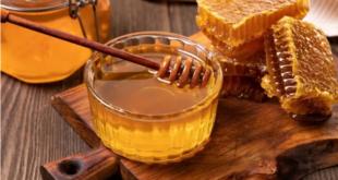 فائدة وضع العسل على السرة قبل النوم