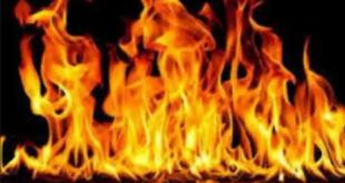 """""""لسانه طويل"""".. سيدة ثلاثينية تضرم النار بحماها لسبب غريب"""