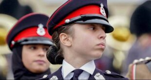 إبنة الملك عبد الله تخطف الأنظار بالبدلة العسكرية