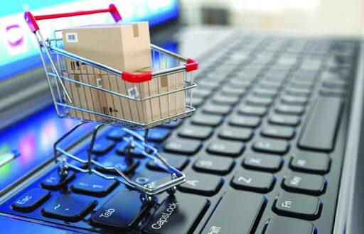 الدفع الإلكتروني عبر مواقع التسوق متوقف حالياً