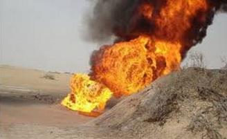 قسد تفجر أنبوب لنقل النفط الى مناطق سيطرة الحكومة السورية