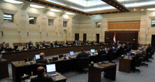 الحكومة السورية تخفض رسم اختبار كورونا إلى 50 دولارا