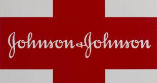"""""""جونسون"""" تسحب 6 من منتجاتها لاحتوائها على مواد مسرطنة"""