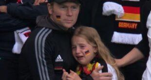 الفتاة الألمانية الباكية