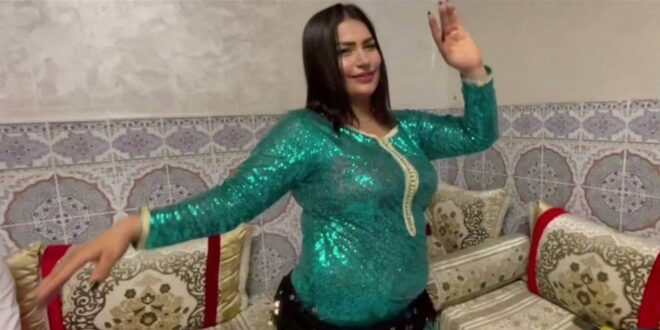 فيديو لراقصة عربية يثير ضجة