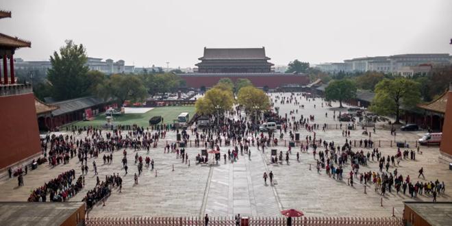 صيني يشيد نموذجا للمدينة المحرمة بـ 700 ألف مكعب ليغو... فيديو