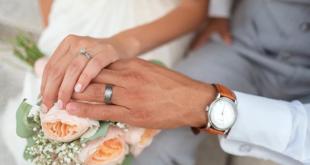 وزيرة عربية سابقة تطالب بإيقاف إبرام عقود الزواج في بلادها