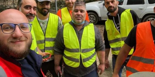 لاجئين سوريون في ألمانيا يقدمون المساعدة لمتضرري الفيضانات