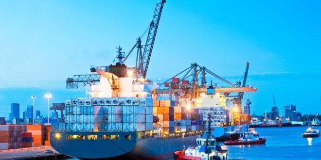 ارتفاع أسعار الشحن البحري .. عجز في السفن والحاويات الفارغة