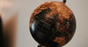 كيف سيكون شكل الأرض بعد 500 عام؟ إليك ما يقوله العلماء