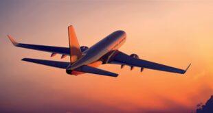 """رسالة تحبس الأنفاس لشركة طيران عربية من على """"قمة العالم"""" (فيديو)"""