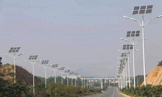 مشاريع أجهزة إنارة على الطاقة الشمسية في المحافظات السورية