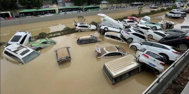 فيضانات كارثية تجتاح الصين.. قتلى بالمئات وخسائر بالمليارات