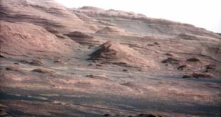 صورة لسطح المريخ تثير جدلاً واسعاً في وكالة ناسا