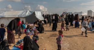 مشاجرة بين لبنانيين وسوريين تهدد 900 نازح سوري