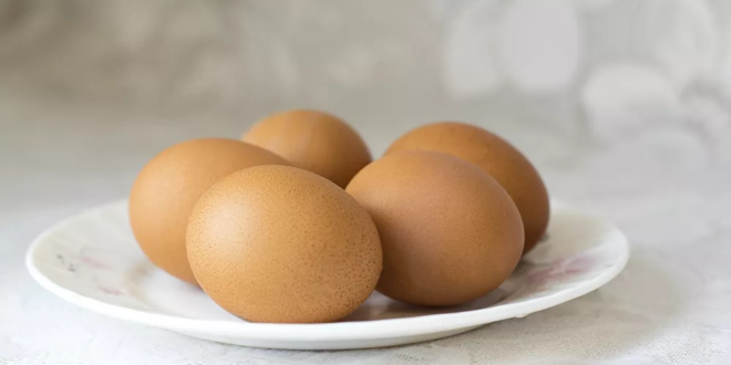 الطريقة السحرية لتقشير البيض بعد سلقه