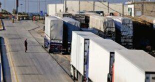 الأردن يفتح حدوده أمام حركة الشحن فقط