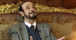 رفعت الأسد يدبك بعد صدور حكم بسجنه 4 سنوات