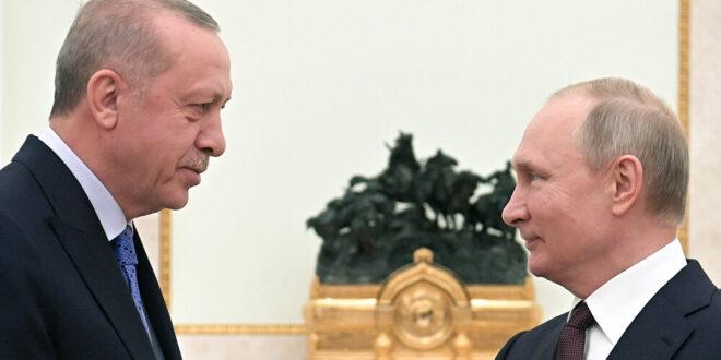 محلل سياسي تركي: هناك ضغط روسي على تركيا لفتح قنوات مع سوريا
