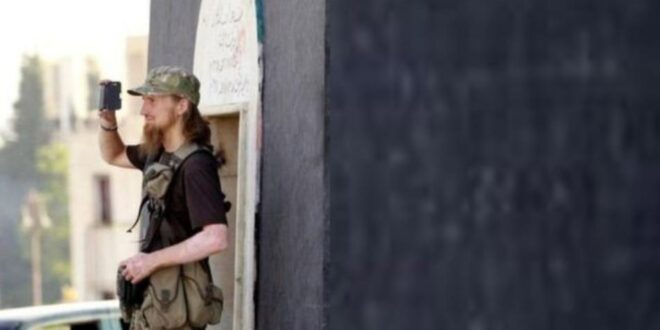 """ما قصة ضابط الاستخبارات العربي الذي اخترق """"تنظيم الدولة"""" بسوريا؟"""