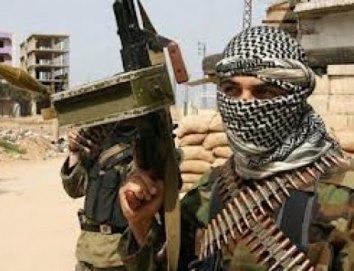 مقتل قيادي موالي للجيش الأمريكي على أيدي القبائل العربية شرقي سوريا