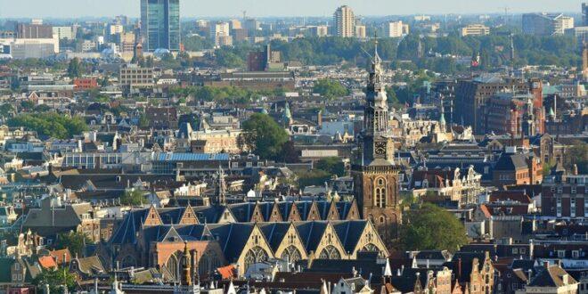 محكمة في هولندا تدين شقيقين سوريين لصلتهما بجماعات مسلحة في سوريا