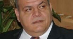 في تغريدة صباحية الوزير عمر سالم يعلن الانتصار على محتكري السكر