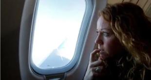 كشف السر.. لهذا السبب تُفتح نوافذ الطائرة عند الهبوط والإقلاع