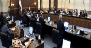 الحكومة: مقترحات لتسوية أوضاع الصناعيين