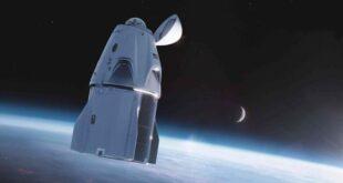 أربعة سياح يدورون حول الأرض في أول رحلة سياحية إلى الفضاء