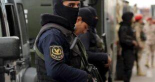 ضبط طبيب مصري تزعم عصابة لسرقة عيادات زملائه